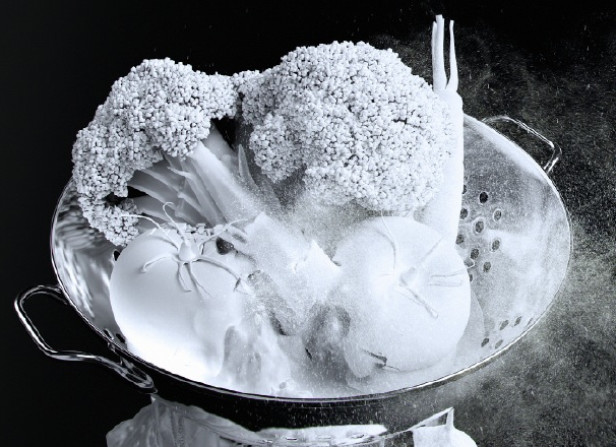 Powdered Food Vegetables Colander / Women's Health Magazine