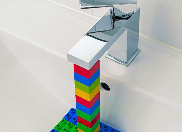 Blocked_Bathroom_Domenic_Bahmann.jpg