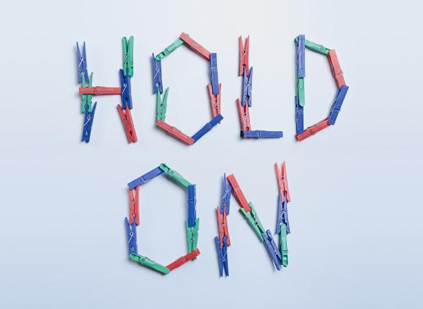Hold_on_Domenic_Bahmann.jpg