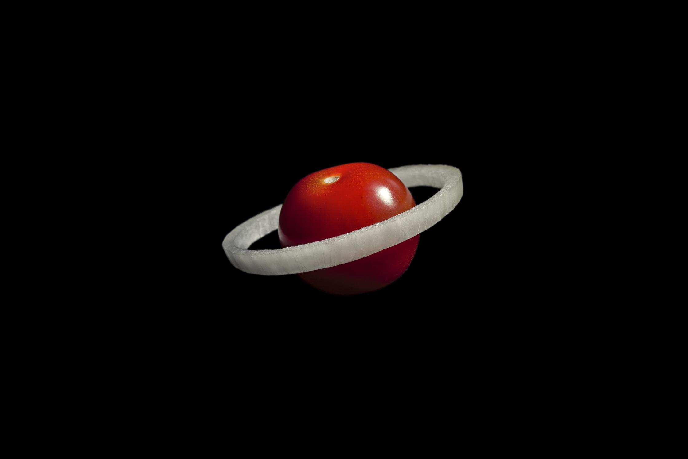 Space Tomato - Domenic Bahmann.jpg