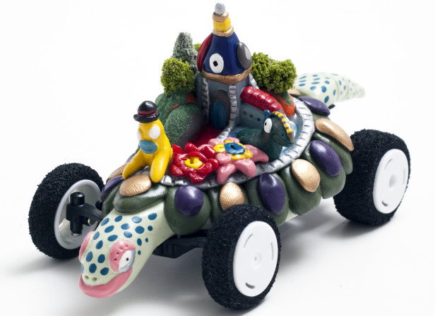 Snake Motors Turtle Car Angle