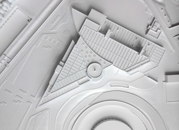 Mercedes_Wall_Model_02.jpg